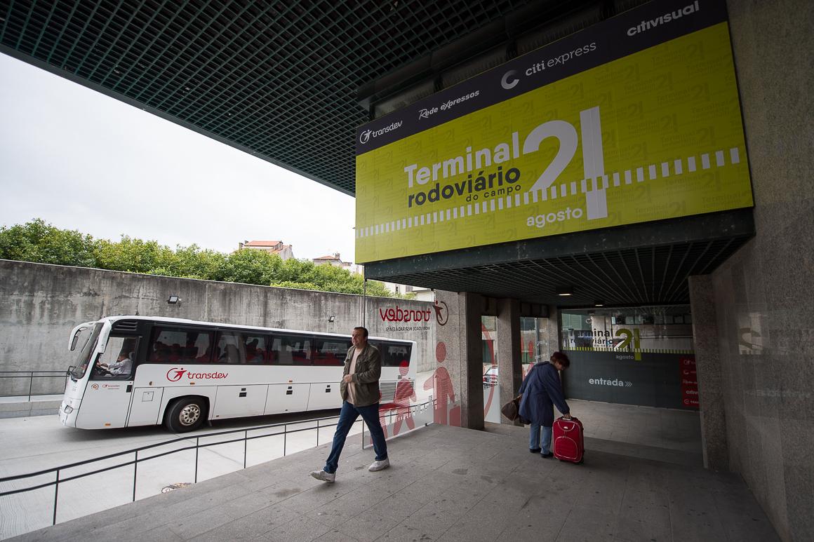 Dworzec autobusowe w Porto autokarowy Campo 24 de Augusto opis informacje autobusy adres lokalizacja przewodnik dworce autobusowe w Porto