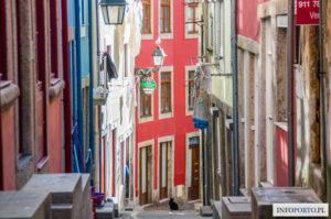 Porto Polski Przewodnik po Porto Portugalia Co warto zobaczyć zabytki i atrakcje zwiedzanie trasy lokalny przewodnik Oporto<script async src=