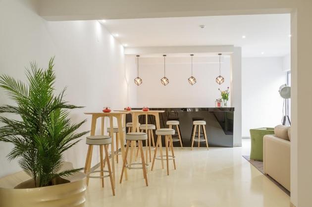 Porto polecane hotele 3 gwiazdkowe 3 gwiazdki Porto Oporto sprawdzone i dobre noclegi gdzie spać polski przewodnik po Porto opis nocleg hotels 2