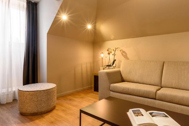 Porto polecane hotele noclegi 4 gwiazdkowe hotele Oporto najlepsze sprawdzone hotele przewodnik po Porto gdzie spac Portugalia hotels czterogwiazdkowe 4 gwiazdki opis ktory wybrac 6