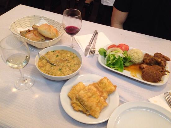 Porto polecane restauracje lokalne dla mieszkańców tanie sycące dobre smaczne gdzie jeść w Porto Portugalii typowe kuchnia portugalska 1