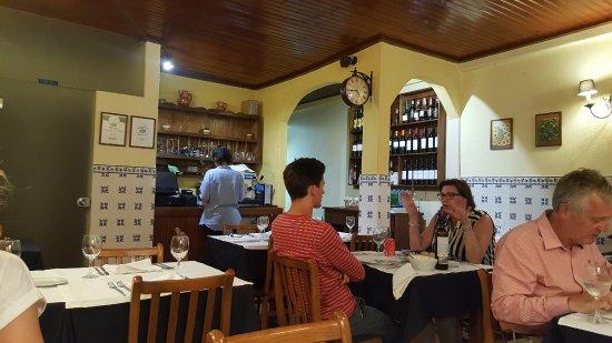Porto polecane restauracje lokalne dla mieszkańców tanie sycące dobre smaczne gdzie jeść w Porto Portugalii typowe kuchnia portugalska 3
