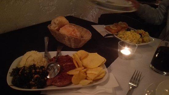 Porto polecane restauracje lokalne dla mieszkańców tanie sycące dobre smaczne gdzie jeść w Porto Portugalii typowe kuchnia portugalska 4