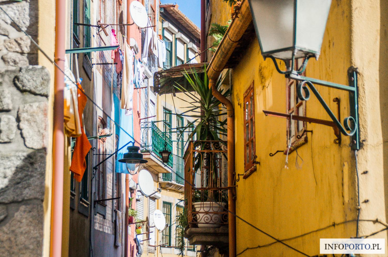 Fado w Porto muzyka gdzie słuchać fado w Porto restauracje bary tasca polecane miejsca fado na żywo portugalia muzyka portugalska przewodnik po porto i północnej portugalii opinie cena