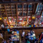 Najsłynniejsza, najpiękniejsza, jedyna w swoim rodzaju – księgarnia Lello w Porto