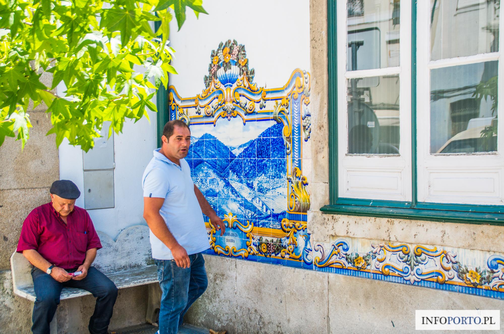 Douro samochodem autem Dolina Duero samochód auto zwiedzanie co warto zobaczyć po drodze zabytki i atrakcje turystyczne droga N222 N108 najpiękniejsza trasa samochodowa